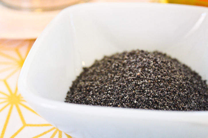 Blue Poppy Seeds :: The Scandinavian Baker