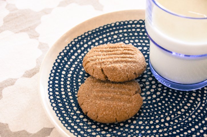 Gingernut Cookies :: The Scandinavian Baker